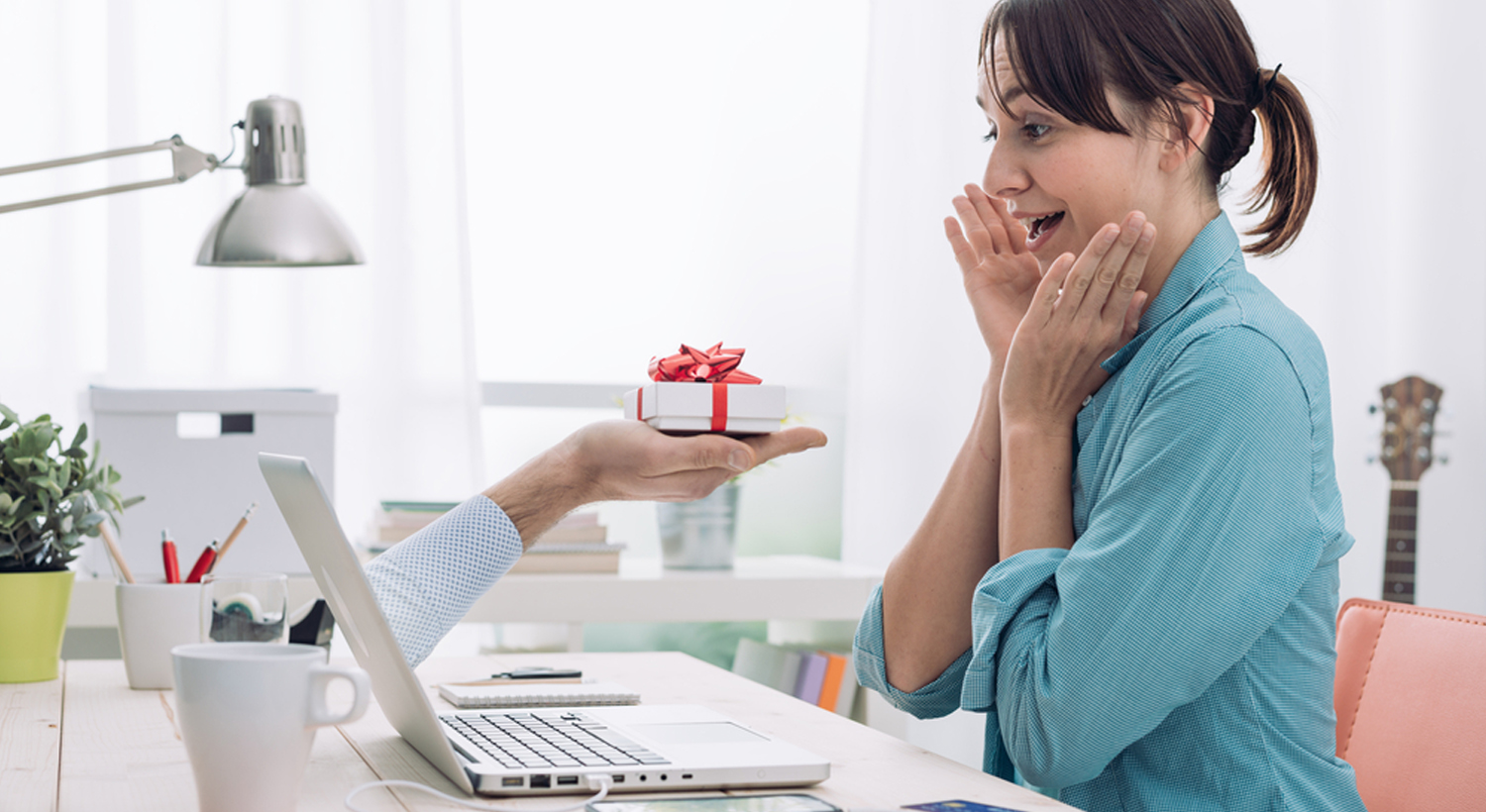 Holiday marketing tips for businesses.