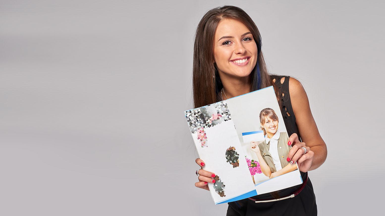 Brochure Girl