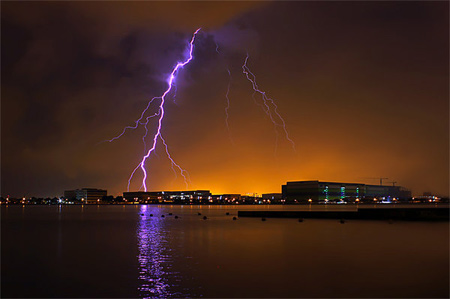 Photos of Lightning - Strike the Earth
