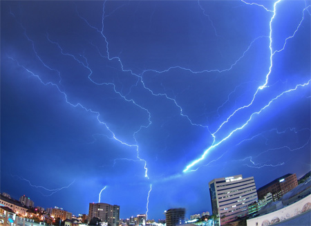 Photos of Lightning - As It Scattered Across The Sky