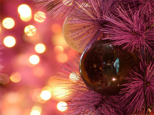 Free Christmas Desktop Wallpaper - Christmas Ornament 3