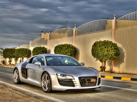 Audi R8 (HDR)