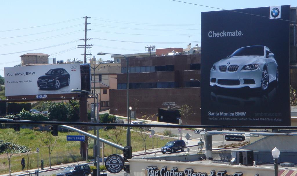 Outdoor-Advertising-10