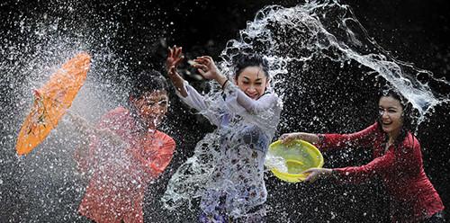 splashing_fun___35_by_samlim-d498hrt