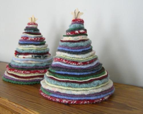 recycled rag christmas tree via You The Designer