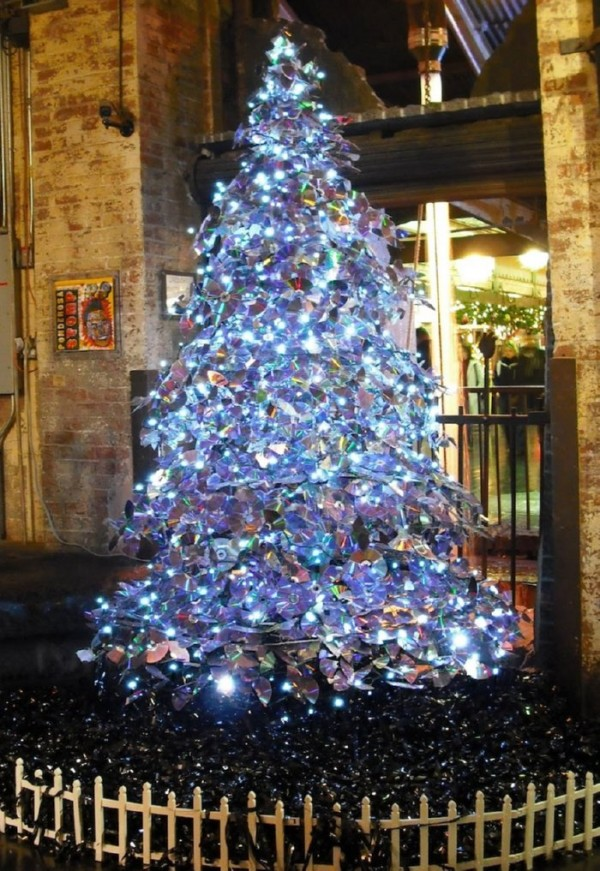 Broken CD christmas tree via You The Designer