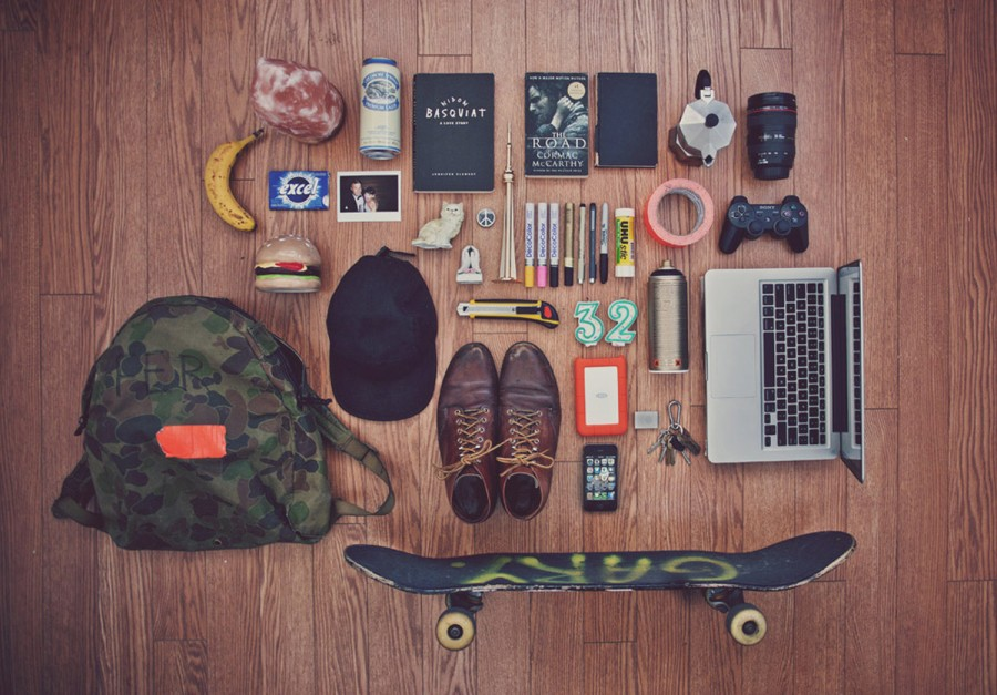 ESSENTIALS - Justin Broadbent