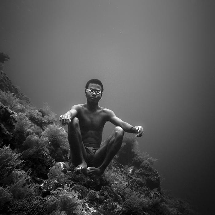 Hengki-Koentjoro-Black-and-White-Photography-003