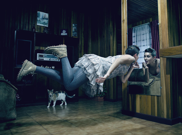 Miguel Abarca Levitation Photography