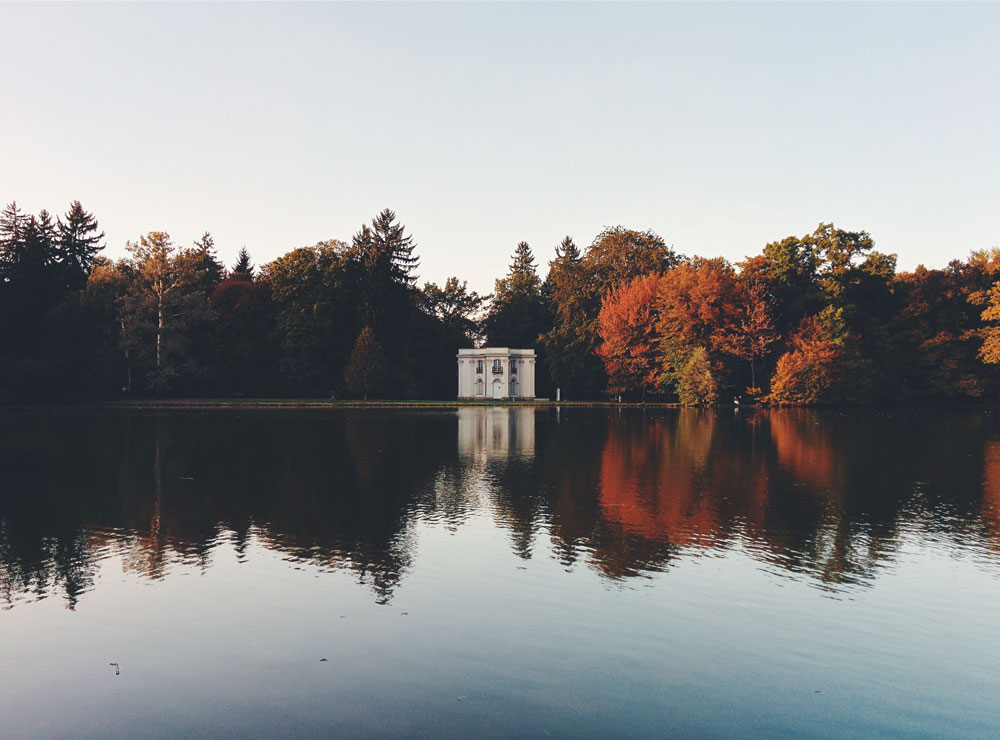 fall-and-sunset-at-Schloss-Nymphenburg-by-Constantin-Schiller