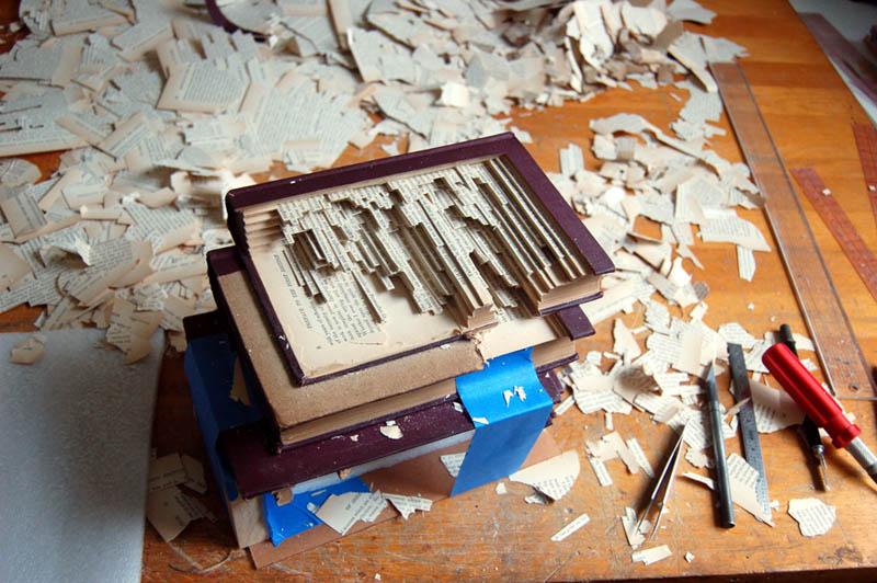 book-art-carving-sculpture-brian-dettmer-17