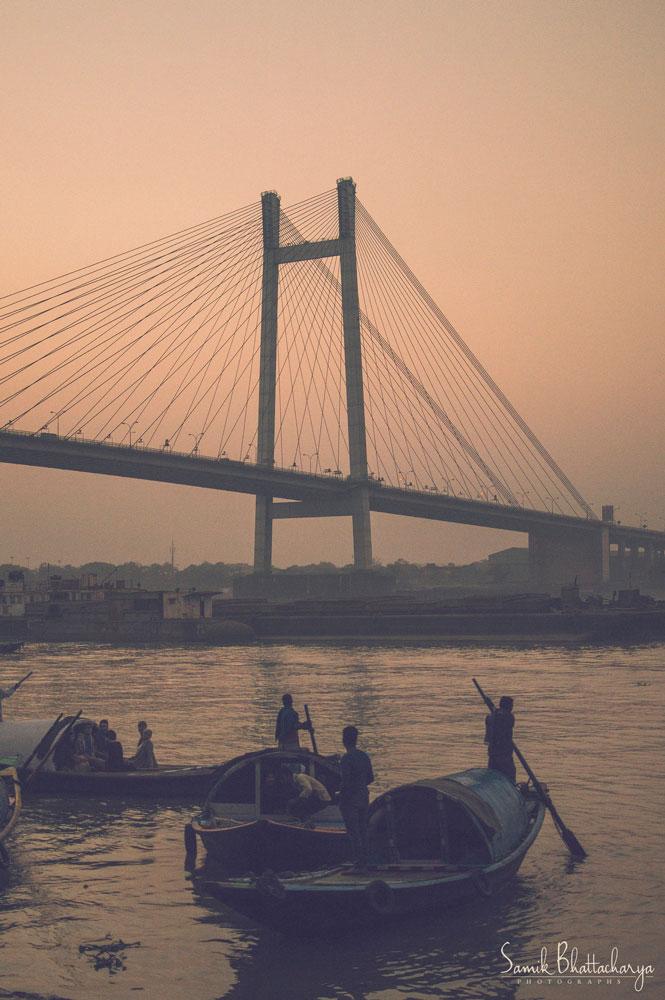 Sunset-boatmen-by-Samik-Bhattacharya