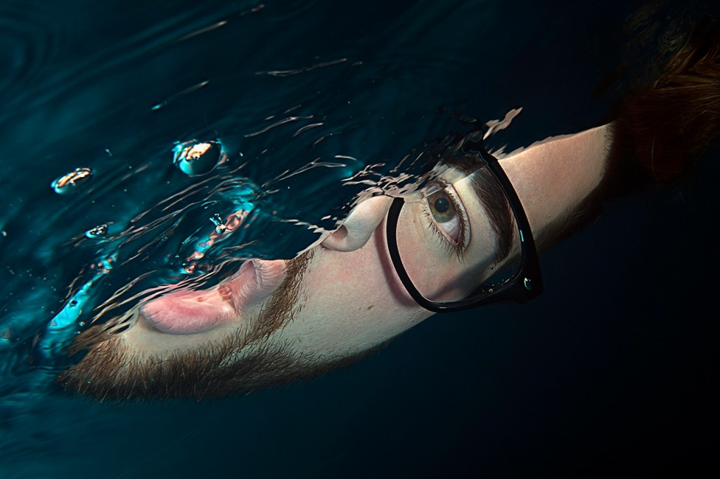Unterwasser-Portrait-Fotografie-Model-Brille