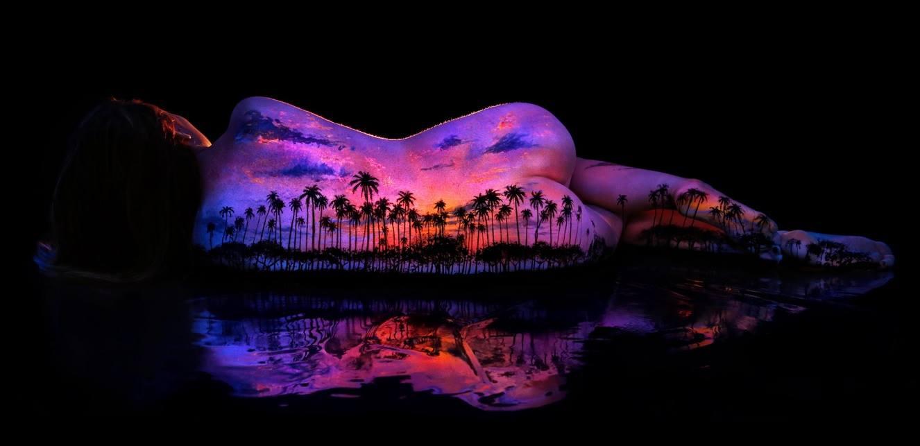 Black Light Bodyscapes By John Poppleton - Amazing black light body art photography john poppleton