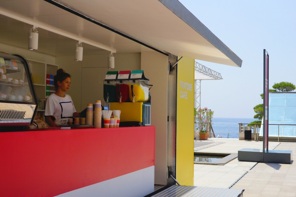 Pantone-Cafe-6-965x644