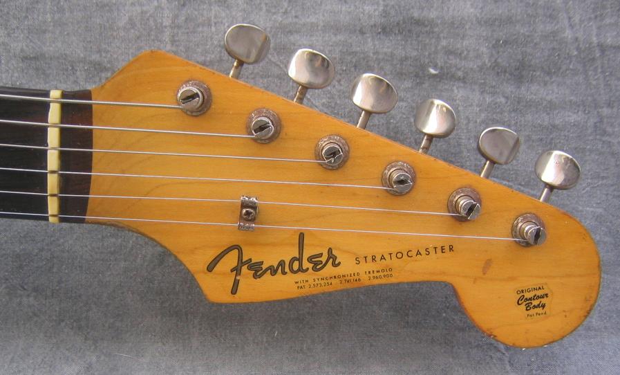 1962_Fender_Stratocaster_81173_head_zpsfe02a758