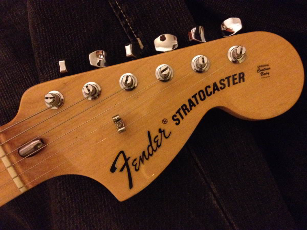 Fender Strat Headstock on fender guitar decals